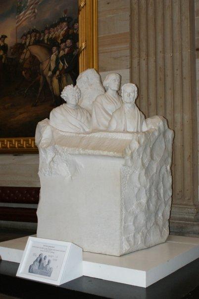 womens-statue
